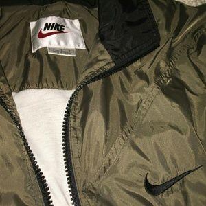 Nike Other - 90S NIKE WINDBREAKER.