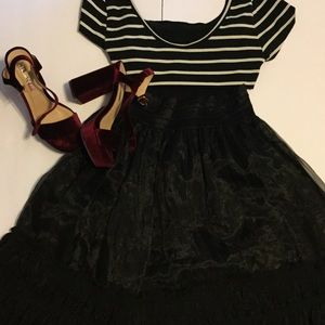 Ryu Dresses & Skirts - Ryu Black ruffled skirt❤️❤️❤️❤️