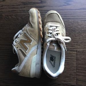 New Balance Shoes - New Balance 996 sneakers size 5