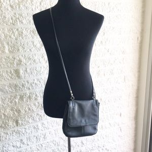 Fossil Handbags - Black fossil crossbody