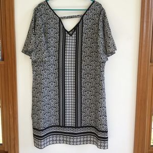 NY Collection Dresses & Skirts - NWT Shift Dress