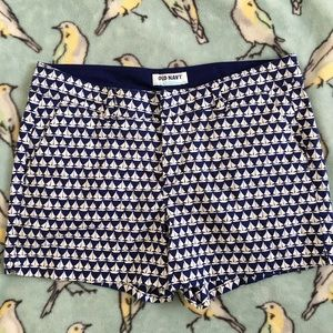 Old Navy Pants - Old Navy Sailboat Short cotton blue pockets 8