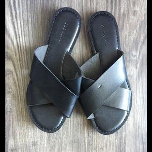Black Old Navy Sandals