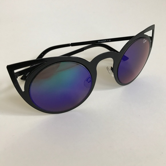Quay Australia Accessories - Quay Australia Invader Sunglasses