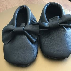 Other - SUPER CUTE!!! Baby Moccasins NWT