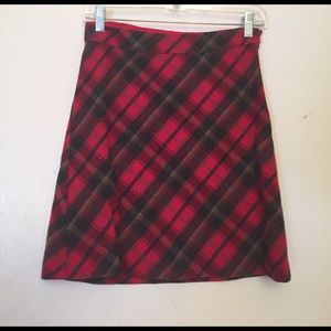 American Eagle Plaid Schoolgirl Skirt Size 0