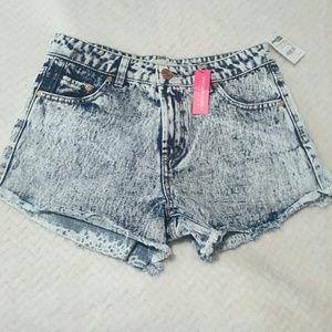 refuge Pants - Refuge Vintage Cheeky Shorts Size 6