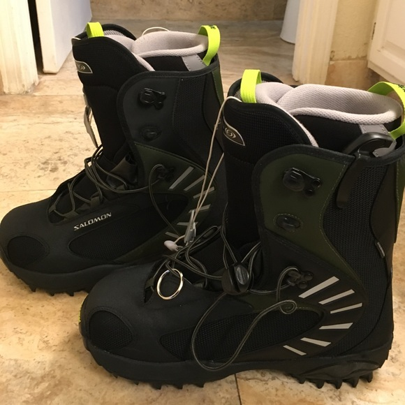 5bc4dcb67174 Men s Salomon snowboarding boots 🏂 size 11.5. M 58cf000299086a85000229bb