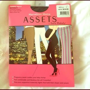 ASSETS by Sara Blakely Accessories - Sara Blakely Maternity Tights