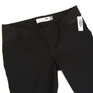 Old Navy Pants - NWT Maternity Pixie Side-Panel Ankle Pants