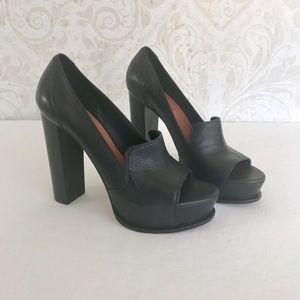 Elizabeth and James Shoes - Elizabeth and James chunky heel open toe pumps