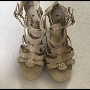 bucco Shoes - fun nude wedges size 8