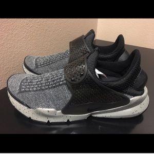 Nike Other - Nike SockDart Premium SE