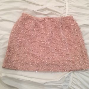 FOREVER 21  Adorable Pink Mini-Skirt! (Size M)
