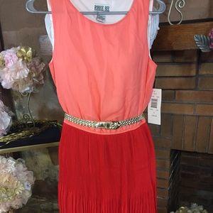 Robbie Bee Dresses & Skirts - Robbie Bee coral and orange dress sz 6