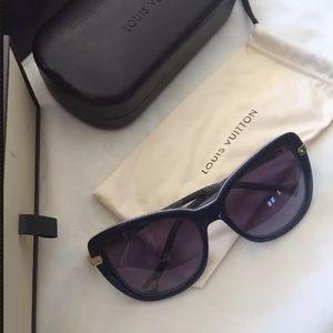 LOUIS VUITTON Damier leather trim blue sunglasses