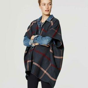 LOFT Sweaters - LOFT Poncho EUC