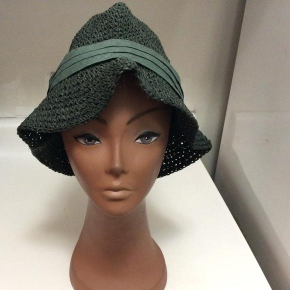 672e80bcb2fa9 Zara Man Green Hat size L