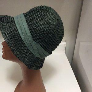 35034f084406f Zara Accessories - Zara Man Green Hat size L