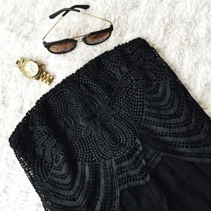 Xhilaration Dresses & Skirts - ▪️Black Strapless Lace Romper▪️
