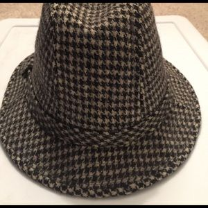 3be4b7bf729a6 Woolrich Accessories - Beautiful wool hat