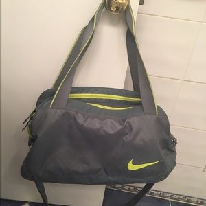 Nike Legend 2.0 Medium duffel