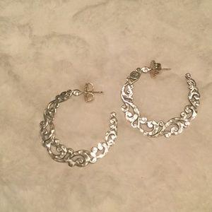 Lois Hill Jewelry - Sterling Silver Lois Hill hoop earrings
