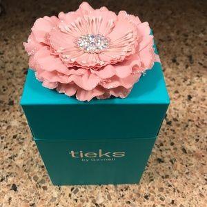 Tieks Shoes - Pretty Teal Tieks Box with Flower
