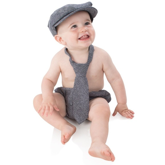 af498b4ba45 ju danzy Other - juDanzy baby boys gift box cabbie hat set