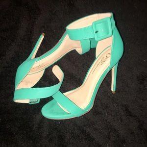 Sweet Seafoam Green Heels