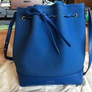 Mansur Gavriel Handbags - EUC Mansur Gavriel royal blue canvas bucket bag