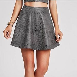 GUESS faux-reptile print circle skirt, size 4