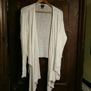 Eileen Fisher Sweaters - EILEEN FISHER WHITE LINEN DRAPED HI-LO SWEATER