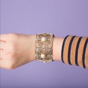 Jewelry - Bundle me!! Gold and Pearl Cuff Bracelet
