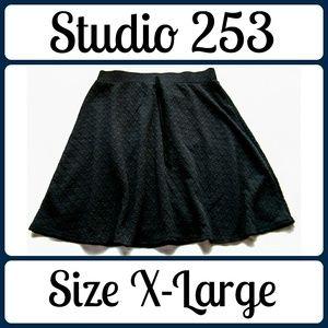 Studio Dresses & Skirts - Sz XL Black Studio Skirt, Cute Details