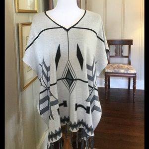Evolution by Cyrus Sweaters - Evolution by Cyrus Aztec poncho size P/S