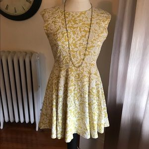 Ark & Co Dresses & Skirts - Yellow floral dress 🌼