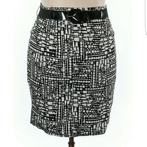 Worthington Dresses & Skirts - BNWOT GEOMETRIC PRINT PENCIL SKIRT