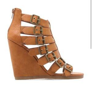 Shoes - Shoedazzle camel buckle wedge