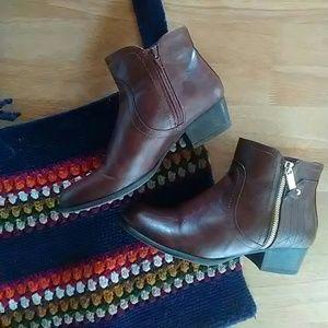Unisa Shoes - Brown Booties