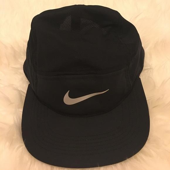 5914177279e53 Nike women s Dri Fit Hat. M 58cf477ff09282388604c7f5