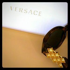 Versace Accessories - Vintage Versace Sunglasses