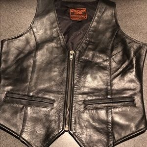 Antelope Creek Leather Co Other - Ladies black leather vest GUC