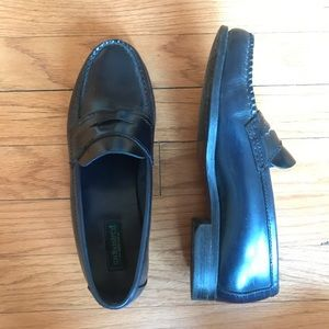 Vintage Loafers Whitney Weejuns by G.H. Bass & Co.
