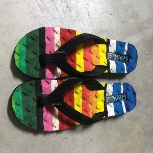 Cobian Shoes - On A Mission colorful yoga mat insole sandals
