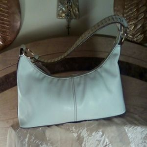 Bisou Bisou Handbags - Bisou Bisou handbag