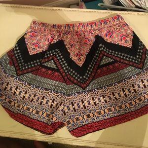Evereve Pants - High waisted Shorts