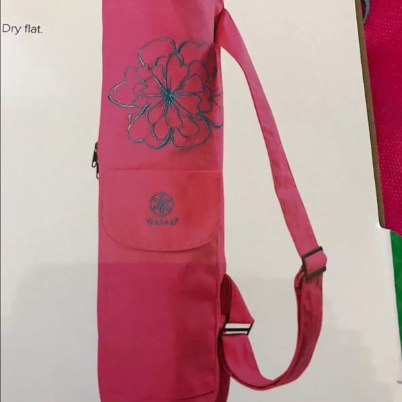 🔥SALE🔥Gaiam Yoga Mat Bag Pink