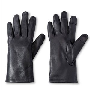 3M Thinsulate Accessories - NWT woman's black leather gloves