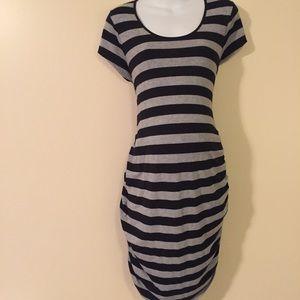 Old Navy Dresses & Skirts - Maternity dress size extra large